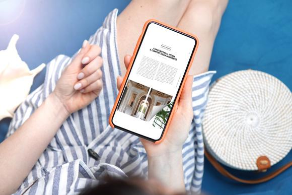 Flip PDF online sul smartphone con un effetto di capovolgimento di pagina